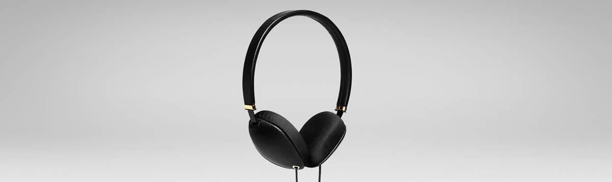 Plica stylish headphones in black full frontal view.