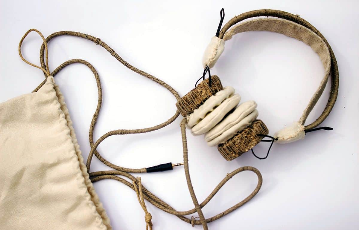 The Hemphones are made from natural hemphire and sports an eco-chic look