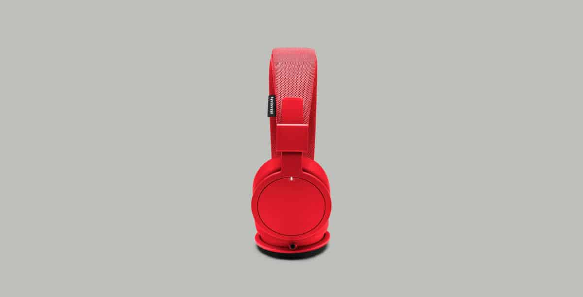 rofile view of the stylish headphones Plattan ADV Wireless in red.