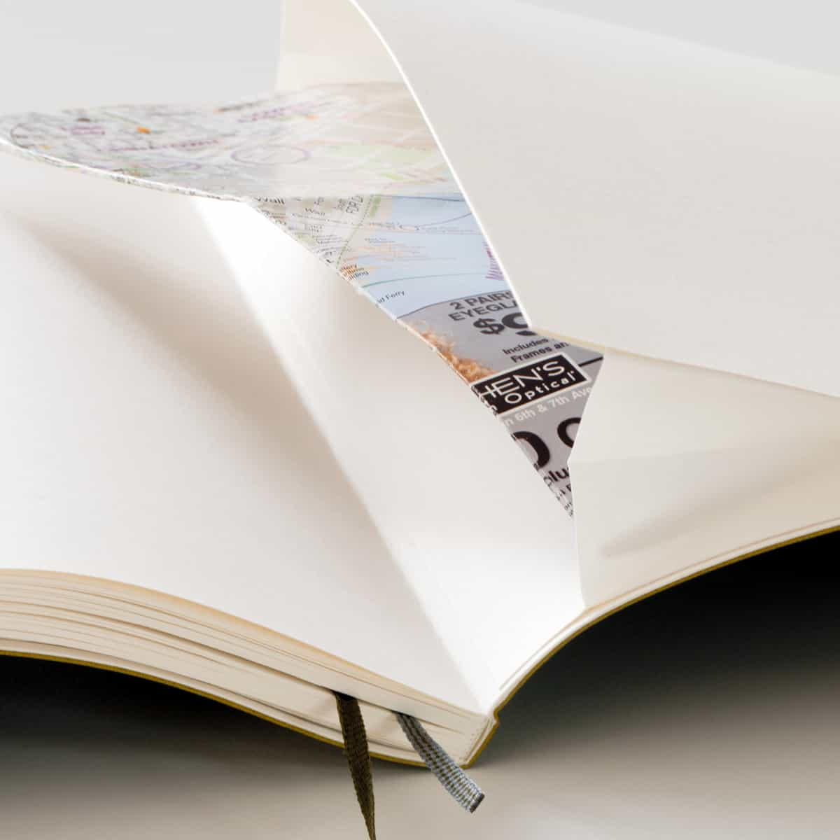 View of the gusset pocket of the Notebook Pocket A6.