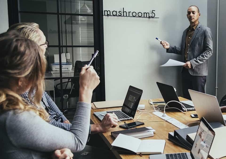 7 Strategies to Run More Effective Meetings
