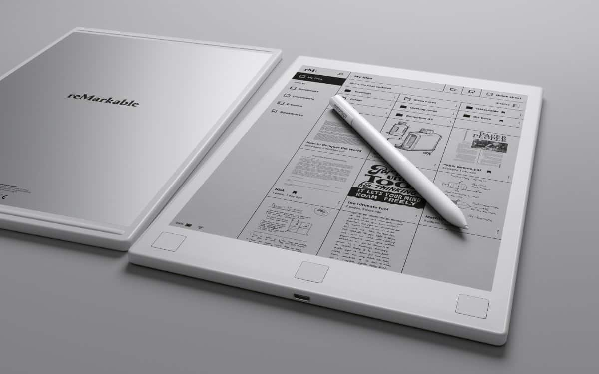 A photo of the reMarkable tablet and accompanying stylus.